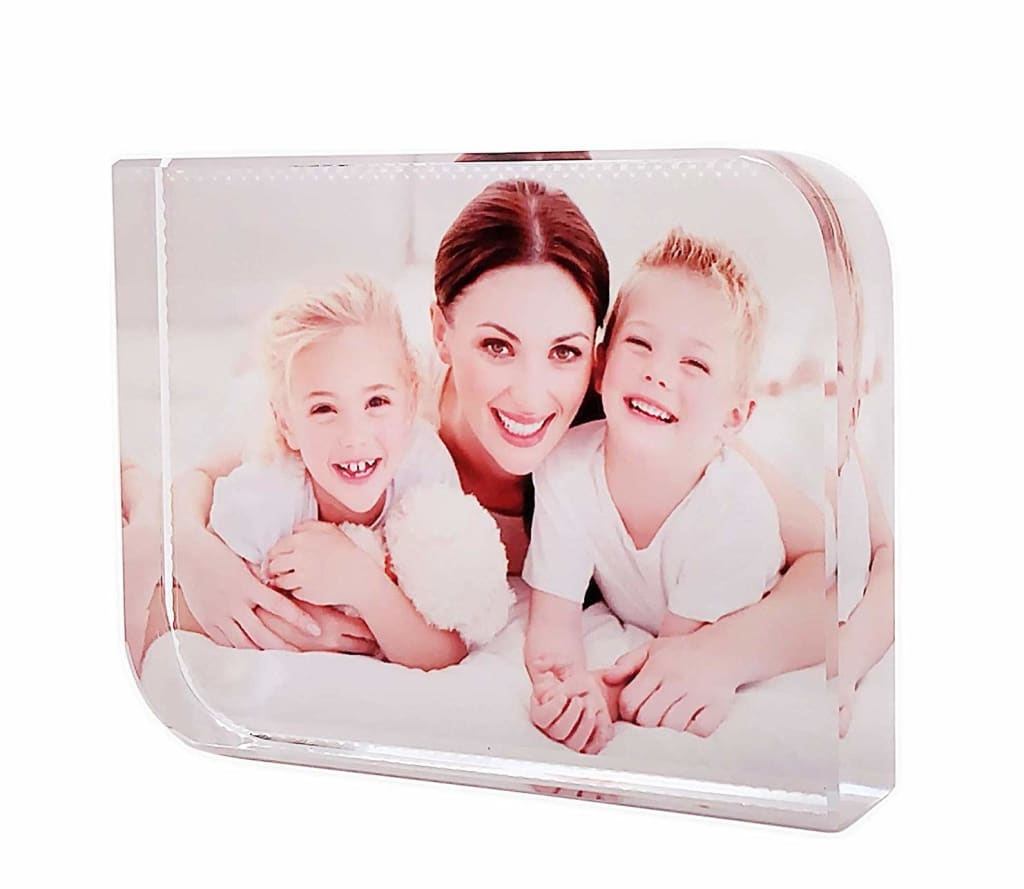 P&L Art 3″ x 2″ Personalized Crystal Frame for $18 + free shipping